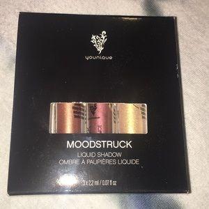 Younique Moodstruck liquid shadow